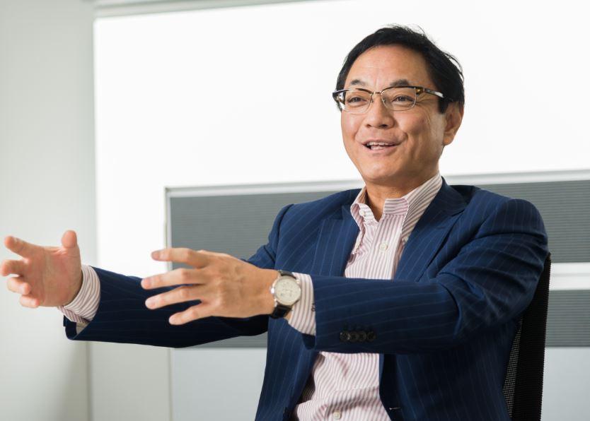 ジェイコムホールディングス株式会社 岡本泰彦社長 インタビュー画像1−3