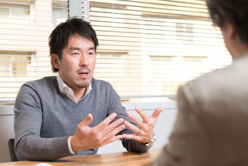 株式会社アトラエ 新居佳英社長 インタビュー画像1-3