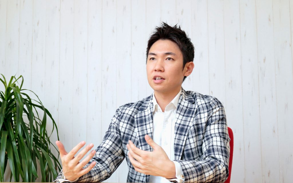 株式会社Macbee Planet 小嶋雄介社長 インタビュー画像1-3