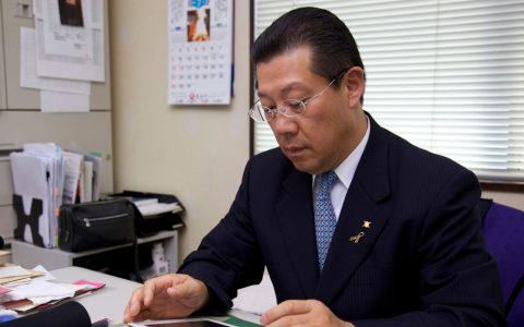 山本化学工業株式会社 山本富造 記事サムネイル画像