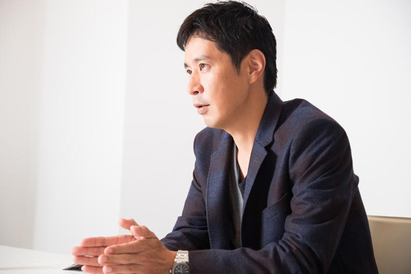 トレンダーズ株式会社 岡本伊久男社長 インタビュー画像1-4