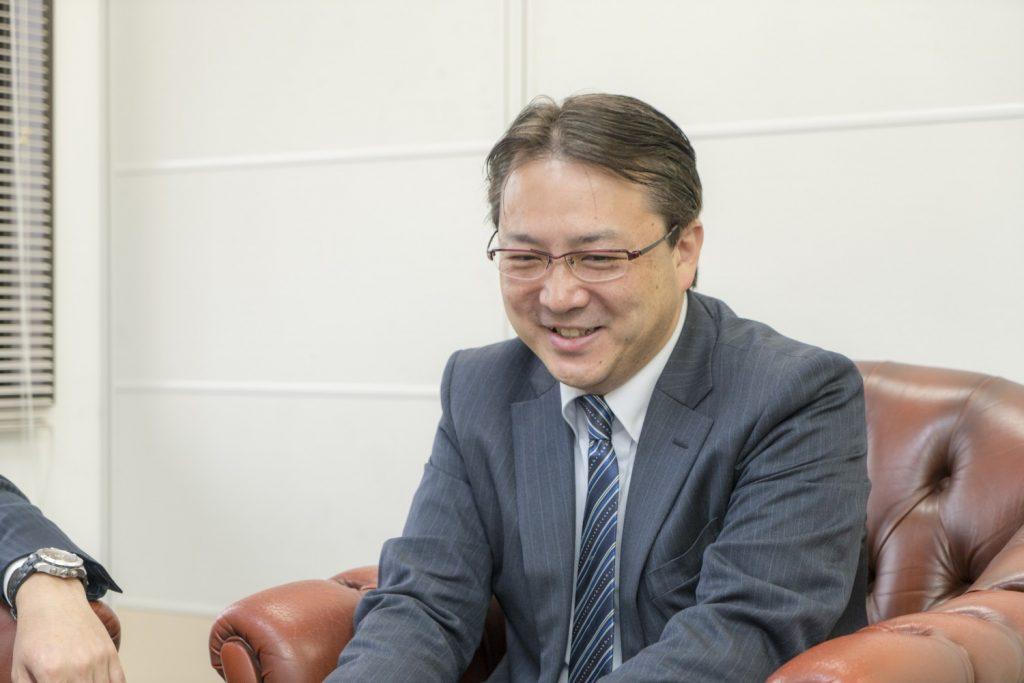 株式会社ビジョンメガネ 安東晃一社長 インタビュー画像1-1