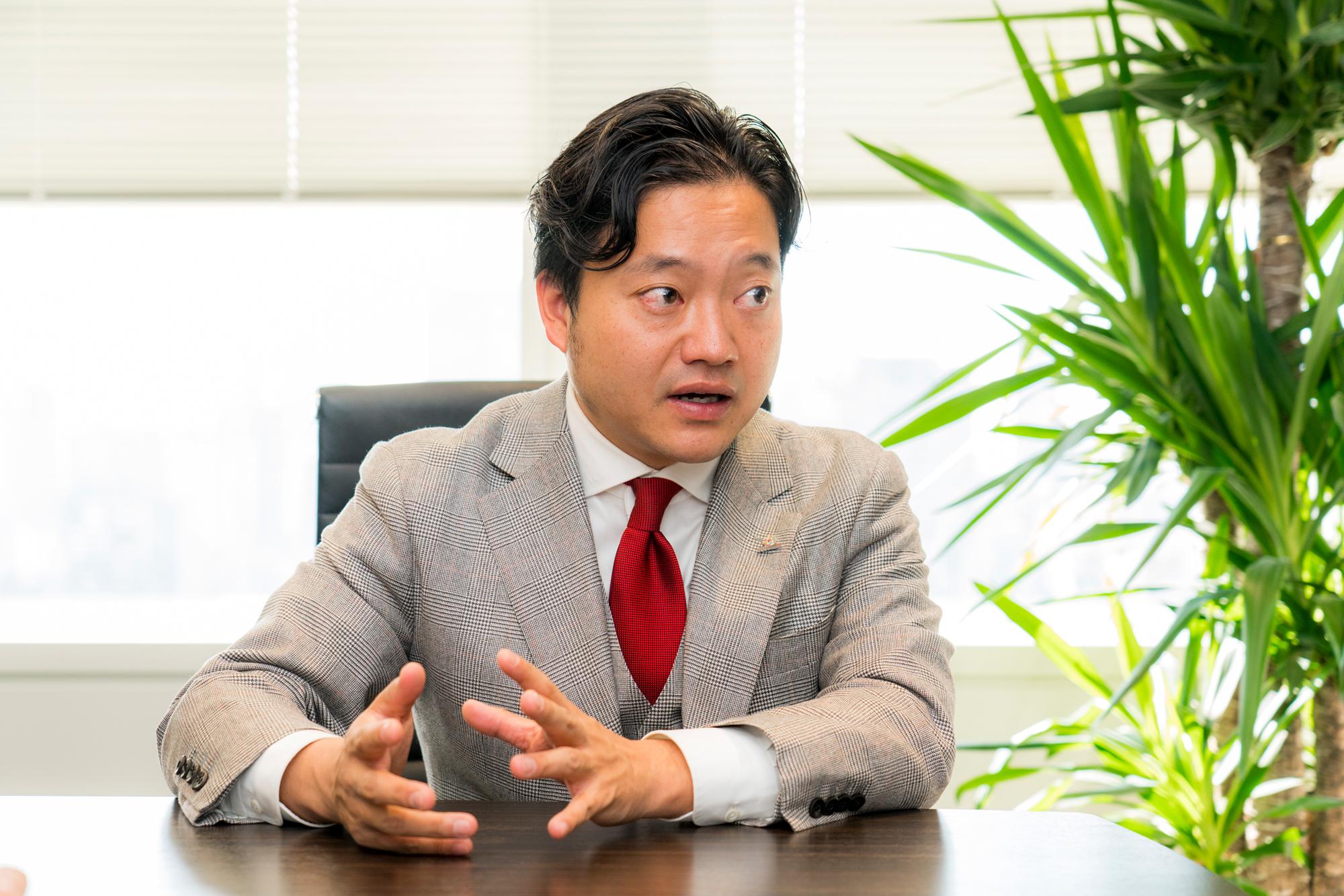 株式会社エボラブルアジア 吉村英毅 代表取締役CEO 画像-1
